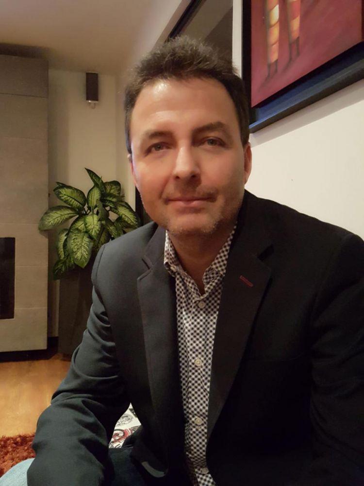 Carlos Felipe Muñoz Paredes - Consultorsalud