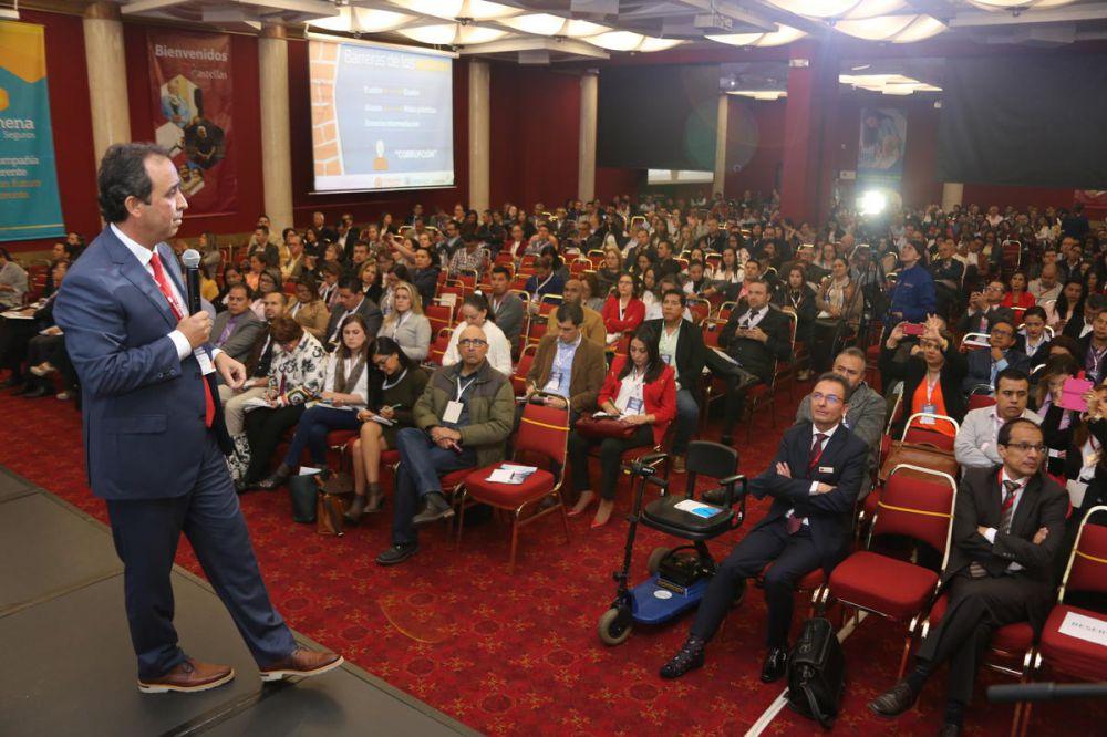 Fabio Aristizabal Superintendente Nacional de Salud En Congreso Nacional de Salud CONSULTORSALUD